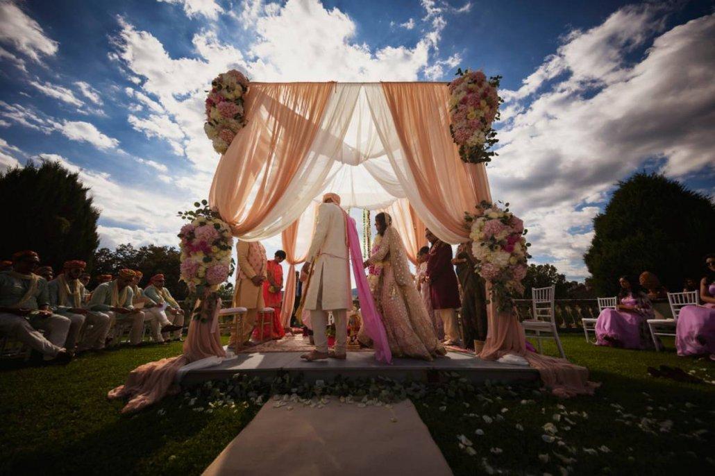 ClaudiaCorsi_WeddingPlanner_ANISHA-SHREY_ARTIMINO_WhiteEvents