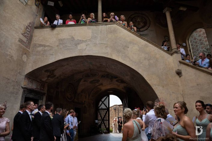 ClaudiaCorsi_WeddingPlanner_EmmaJohn_WhiteEvents_061_Certaldo_PalazzoPretorio